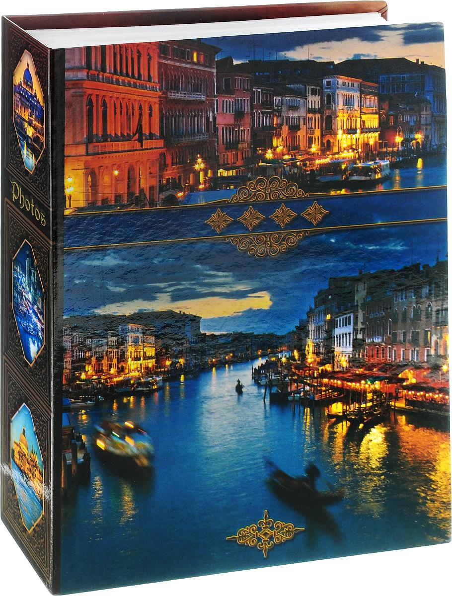 Фотоальбом Pioneer Венеция, 200 фотографий, 10 x 15 см46535 LM-4R200Фотоальбом Pioneer Венеция поможет красиво оформить ваши самые интересные фотографии. Обложка, выполненная из толстого ламинированного картона, оформлена ярким изображением Венеции. Внутри содержится блок из 100 белых листов с фиксаторами-окошками из полипропилена. Альбом рассчитан на 200 фотографий формата 10 х 15 см (по 1 фотографии на странице). Переплет - высокочастотная сварка. Нам всегда так приятно вспоминать о самых счастливых моментах жизни, запечатленных на фотографиях. Поэтому фотоальбом является универсальным подарком к любому празднику. Количество листов: 100.
