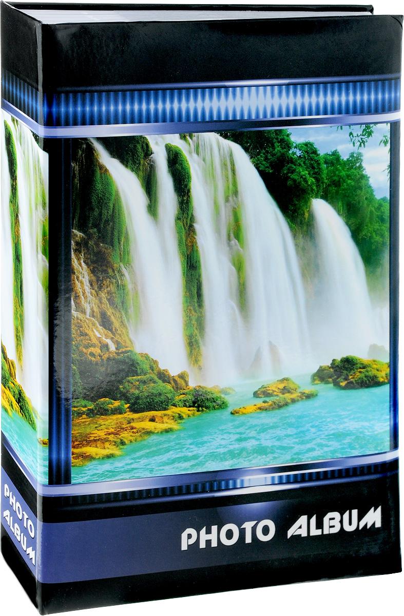 Фотоальбом Pioneer Waterfalls, 300 Фотографий, 10 x 15 см46525 AG46300/CФотоальбом Pioneer Waterfalls позволит вам запечатлеть незабываемые моменты вашей жизни, сохранить свои истории и воспоминания на его страницах. Обложка из искусственной кожи оформлена оригинальным принтом. Фотоальбом рассчитан на 300 фотографии форматом 10 x 15 см. Такой необычный фотоальбом позволит легко заполнить страницы вашей истории, и с годами ничего не забудется. Тип обложки: Ламинированный картон. Тип листов: бумажные. Тип переплета: клеевой. Материалы, использованные в изготовлении альбома, обеспечивают высокое качество хранения ваших фотографий, поэтому фотографии не желтеют со временем.
