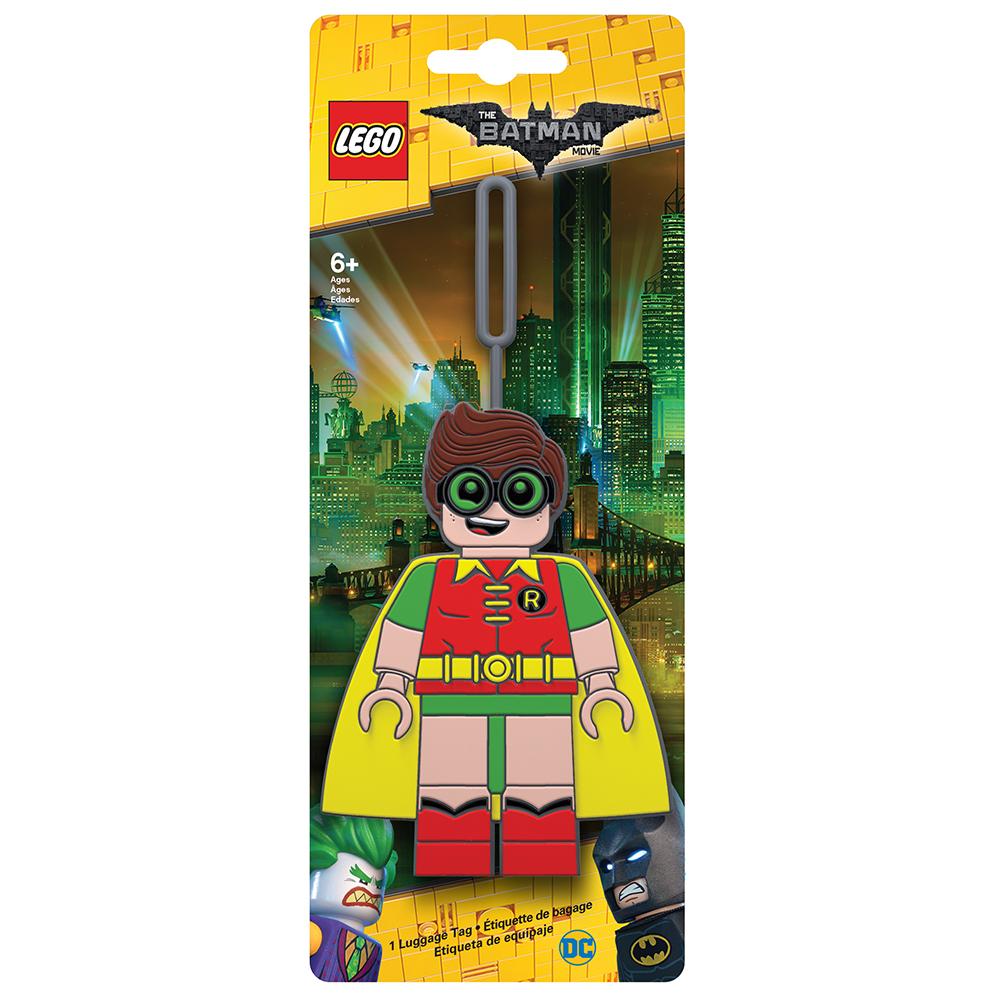 Бирка для багажа LEGO Batman Movie Robin. 5175151751Силиконовая бирка надежно крепится к багажу с помощью петли. Яркий и неповторимый дизайн сразу же привлечет внимание, и вы легко отыщите свой чемодан на транспортной ленте. Запишите свои контактные данные на обратной стороне бирки и можете не бояться, что ваш чемодан потеряется, ведь теперь работники аэропорта точно будут знать его хозяина.