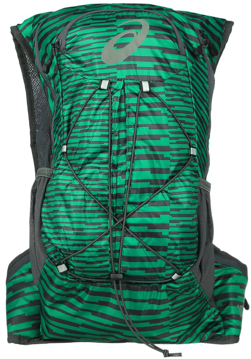 Рюкзак спортивный Asics Lightweight Running Backpack, цвет: зеленый, 10 л131847-5007Это самый удобный рюкзак для бега с экипировкой, который прилегает к телу как спортивный топ. Все принадлежности останутся невредимыми в основном отделении на молнии. Благодаря плотному прилеганию и уплотнению со стороны спины вы совершенно не будете ощущать их. Эластичный ремень позволит прикрепить к рюкзаку куртку, когда станет жарко, и быстро надеть ее, когда погода изменится.Легкий компаньон для комфортного бега.Все, что нужно на средних дистанциях, находится под рукой в основном отделении, в удобных боковых карманах и на эластичном шнуре. Материал усиленного плетения гарантирует долговечность.