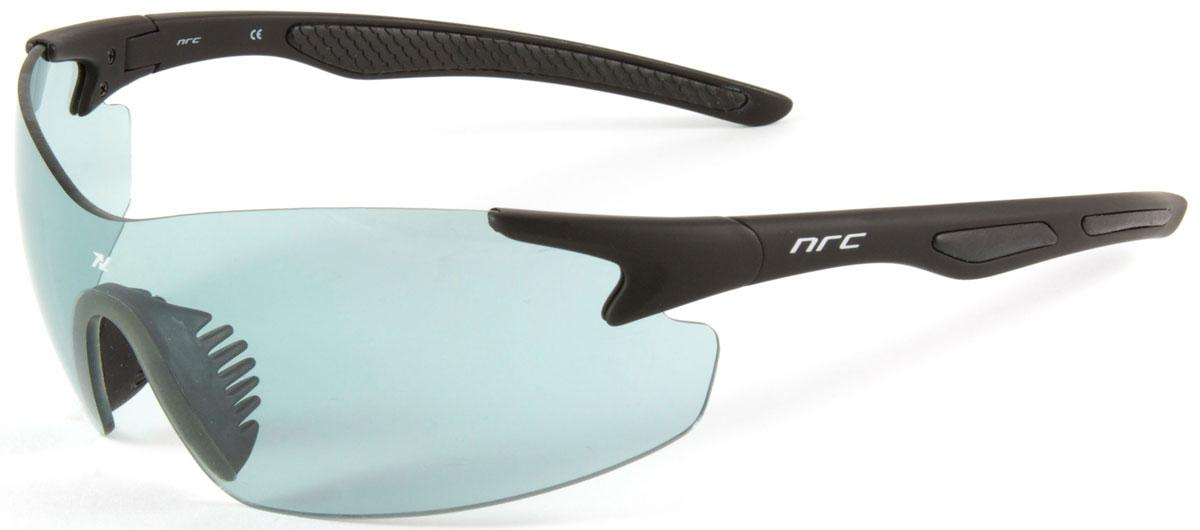 Очки солнцезащитные NRC, цвет: черный. 2102121021Бренд NRC представляет очки, предназначенные как для езды на велосипеде, так и для многих других видов спорта. NRC известен собственными фирменными разработками, адаптирующими очки под разные климатические условия, различное время суток, степень освещенности, а также под индивидуальные потребности каждого конкретного пользователя. Очки матовые черные Дымчатые фотохромные линзы Материал оправы – нейлон (TR90) Оправа - широкие линзы, обеспечивающие максимальную защиту и видимость Материал линзы - поликарбонат (РС) Покрытие –защитное от царапин, антизапотевающее, зеркальное Прозрачность -13% Категория фильтра -3 Вес -24,1 г Кривизна (изгиб) - 7