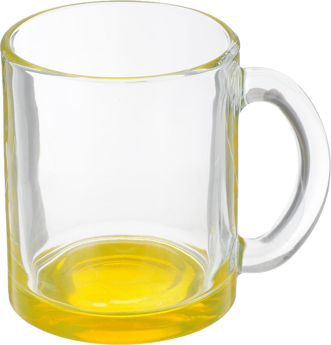 Кружка OSZ Чайная, цвет: прозрачный, желтый, 320 мл04C1208LM_желтыйКружка OSZ Чайная изготовлена из стекла двух цветов. Изделие идеально подходит для сервировки стола. Кружка не только украсит ваш кухонный стол, но подчеркнет прекрасный вкус хозяйки. Диаметр кружки (по верхнему краю): 8 см. Высота кружки: 9,5 см. Объем кружки: 320 мл.