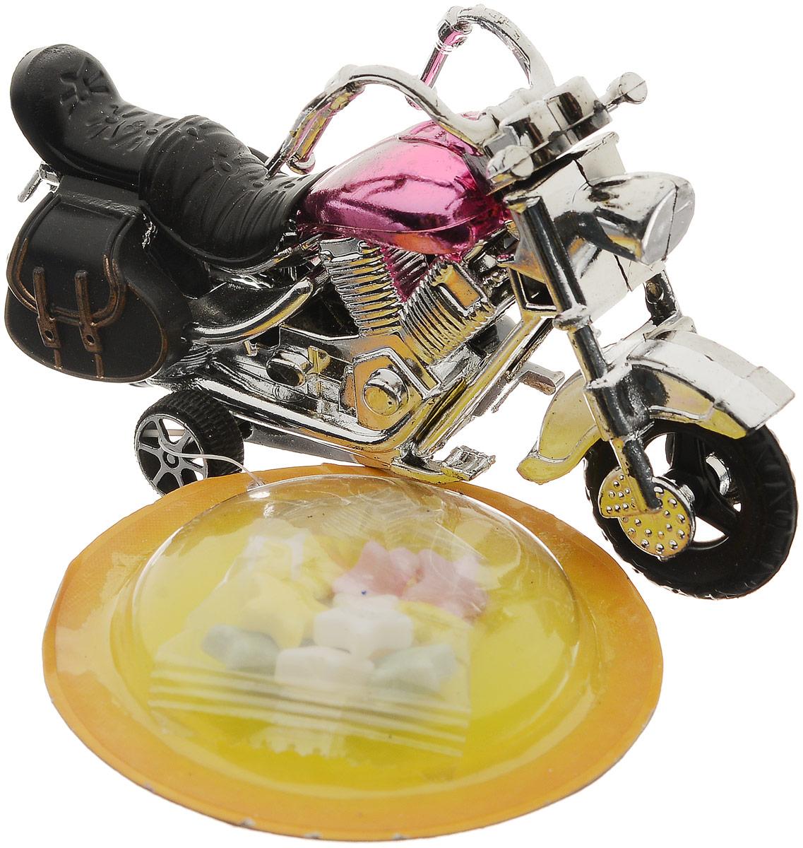 Конфитрейд Автодром Мотоцикл фруктовое драже с игрушкой, 5 гУТ18518Игрушка без механизма в форме мотоцикла из пластика. Предназначается для детей от трех лет. К мотоциклу на пластиковой стропе крепится блистер с драже в прозрачном пищевом пакетике. Уважаемые клиенты! Товар поставляется в цветовом ассортименте. Поставка осуществляется в зависимости от наличия на складе.
