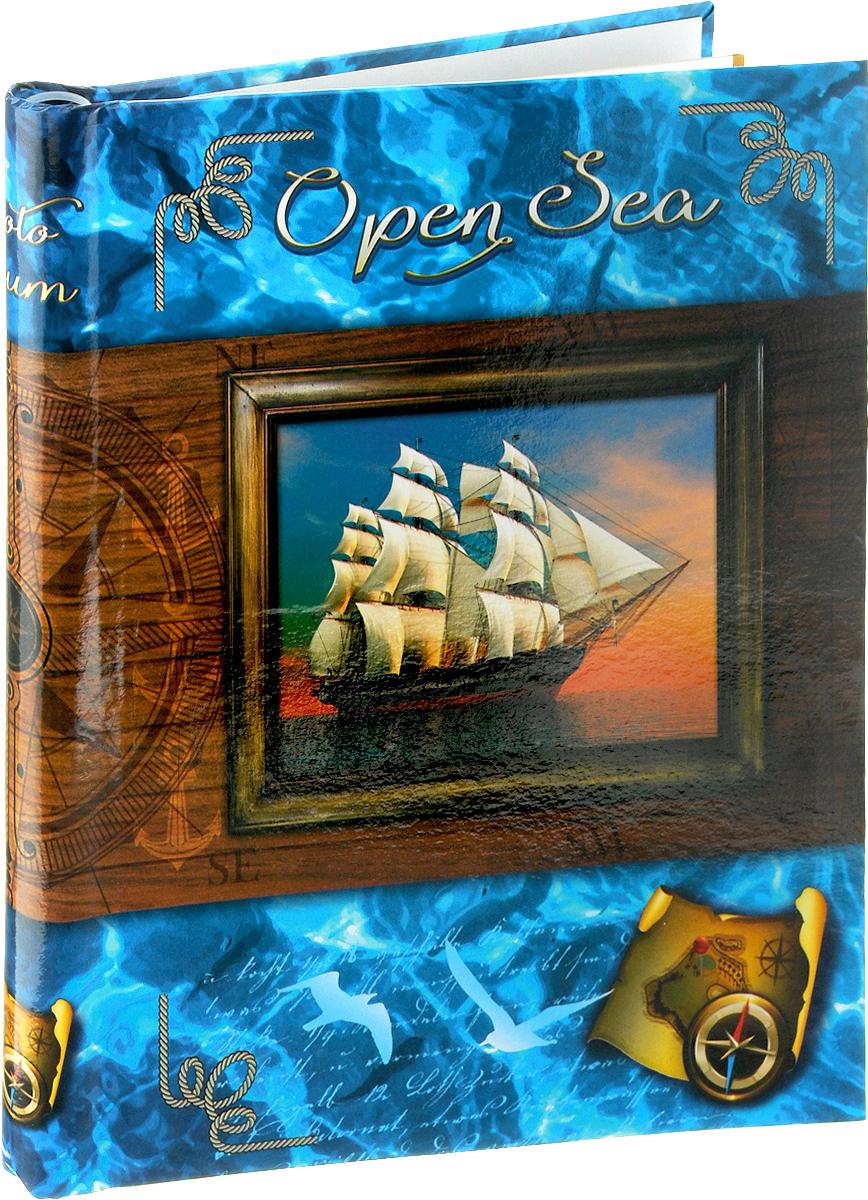 Фотоальбом Pioneer Open Sea, 20 магнитных листов, цвет: синий, коричневый, 23 х 28 см46399 AP202328SAФотоальбом Pioneer Open Sea позволит вам запечатлеть незабываемые моменты вашей, сохранить свои истории и воспоминания на его страницах. Обложка из толстого картона оформлена оригинальным принтом. Фотоальбом рассчитан на 20 фотографии форматом 23 х 28 см. Такой необычный фотоальбом позволит легко заполнить страницы вашей истории, и с годами ничего не забудется. Тип обложки: Ламинированный картон. Тип листов: магнитные. Тип переплета: спираль. Материалы, использованные в изготовлении альбома, обеспечивают высокое качество хранения ваших фотографий, поэтому фотографии не желтеют со временем.