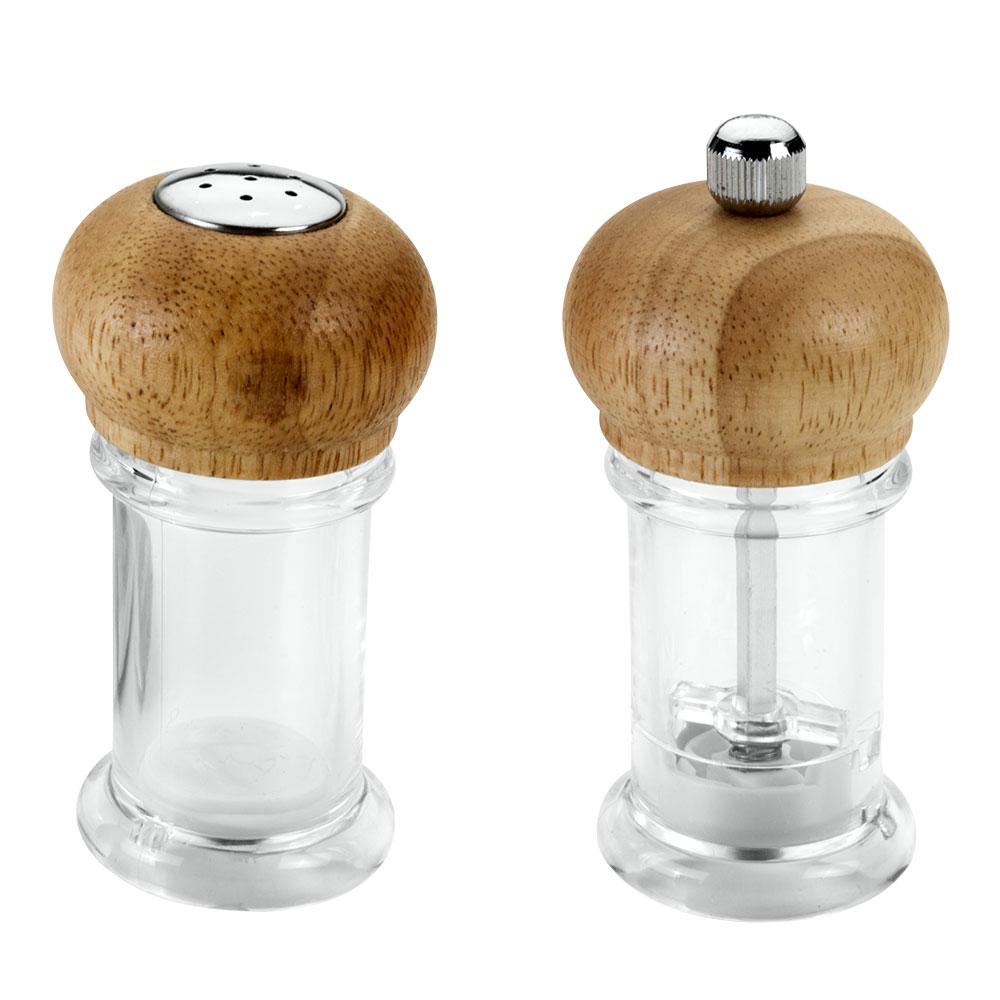 Набор Metaltex: солонка и мельница для перца25.28.16Набор Metaltex, состоящий из солонки и мельницы для перца, изготовлен из пластика и дерева. Солонка и мельница для перца легки в использовании. Набор оригинального дизайна займет достойное место среди аксессуаров на вашей кухне, и вы с легкостью сможете поперчить или добавить соль по вкусу в любое блюдо. Так же набор может стать отличным подарком для практичной и современной хозяйки. Характеристики: Материал: пластик, сталь, дерево. Высота емкости: 10,5 см. Диаметр основания: 4,5 см.