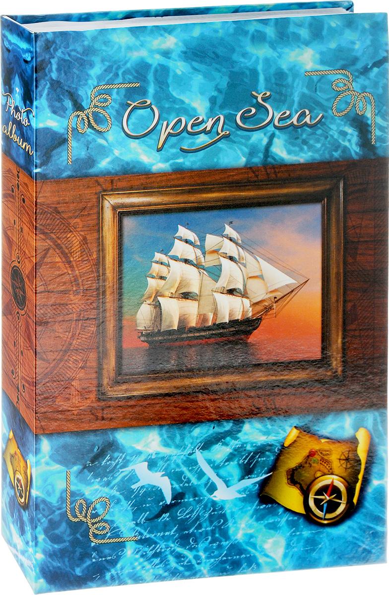 Фотоальбом Pioneer Open Sea, 300 фотографий, цвет: голубой, 10 x 15 см46405 AG46300/CФотоальбом Pioneer Open Sea поможет красиво оформить ваши самые интересные фотографии. Обложка из толстого ламинированного картона оформлена принтом. Фотоальбом рассчитан на 300 фотографий форматом 10 x 15 см. Внутри содержится блок из 50 листов, на каждом из которых имеются поля для заполнения и три кармашка для фотографий. Такой необычный фотоальбом позволит легко заполнить страницы вашей истории, и с годами ничего не забудется. Тип обложки: ламинированный картон. Тип листов: бумажные. Тип переплета: клеевой. Кол-во фотографий: 300. Материалы, использованные в изготовлении альбома, обеспечивают высокое качество хранения ваших фотографий, поэтому фотографии не желтеют со временем.