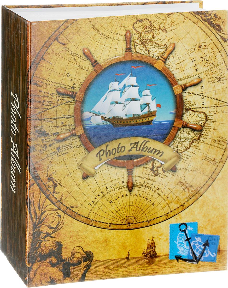 Фотоальбом Pioneer Rose Wind, 200 фотографий, цвет: песочный, синий, 10 x 15 см46443 LM-4R200Фотоальбом Pioneer Rose Wind поможет красиво оформить ваши самые интересные фотографии. Обложка из толстого ламинированного картона оформлена принтом. Фотоальбом рассчитан на 200 фотографий форматом 10 x 15 см. Внутри содержится блок из 50 листов с окошками из полипропилена, одна страница оформлена двумя окошками для фотографий. Такой необычный фотоальбом позволит легко заполнить страницы вашей истории, и с годами ничего не забудется. Тип обложки: картон. Тип листов: полипропиленовые. Тип переплета: Материалы, использованные в изготовлении альбома, обеспечивают высокое качество хранения ваших фотографий, поэтому фотографии не желтеют со временем.