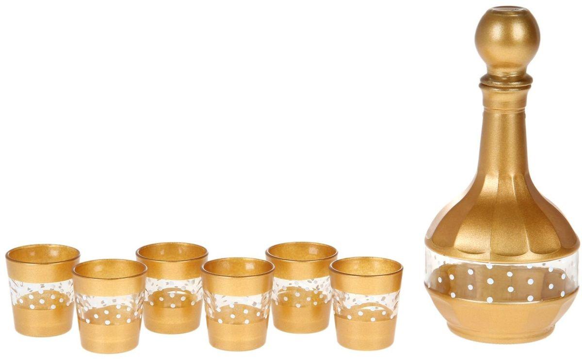 Набор Хрустальный звон: стопка Ода, 50 мл, 6 шт + графин, 500 мл. 11936861193686Любое застолье требует тщательной подготовки. И речь идёт не только о блюдах — важную роль играет и посуда, которой будет сервирован праздничный стол. Питьевой набор «Бисер» — изящное решение для ценителей красоты. Посуда, изготовленная из хрусталя и стекла, подарит застолью торжественное настроение. В набор входят: графин 500 мл — 1 шт., стопка 50 мл — 6 шт. Особый шик празднику придаст оформление посуды «под золото». Посуда набора отличается высокой термостойкостью и прочностью. Она легко поддаётся мойке. Если вы хотите, чтобы каждое застолье в вашем доме удавалось на славу, закажите питьевой набор «Бисер». Каждый гость отметит ваш выбор!