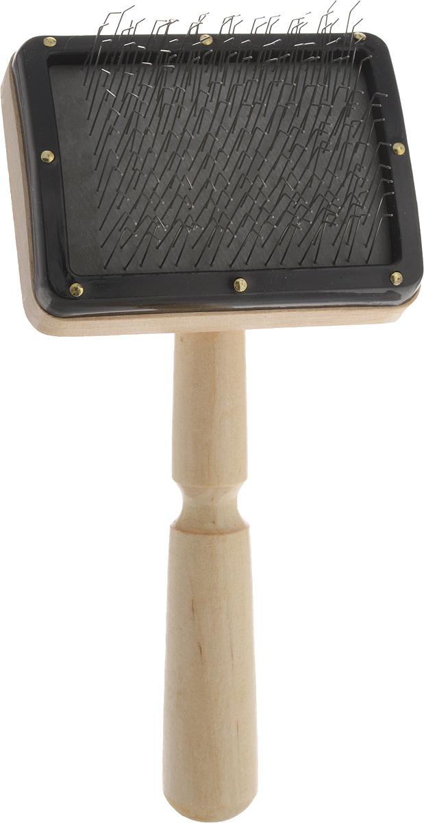 Пуходерка-щетка Adel-Pet Премиум, для средней и длинной шерсти12758Пуходерка-щетка Adel-Pet Премиум предназначена для повседневного ухода за средней и длинной шерстью кошек и собак. Изделие выполнено из дерева. Рабочая поверхность имеет частую тонкую металлическую щетину, которая избавляет от колтунов и спутывания, делает шерсть пушистой и красивой, вычесывает выпавшую шерсть, а также стимулирует рост новой. Щетинки расположены на воздушной подложке, снижающей усилия при расчесывании. Пуходерка имеет эргономичную ручку. Длина пуходерки: 17 см. Размер рабочей поверхности: 8 х 6 см.