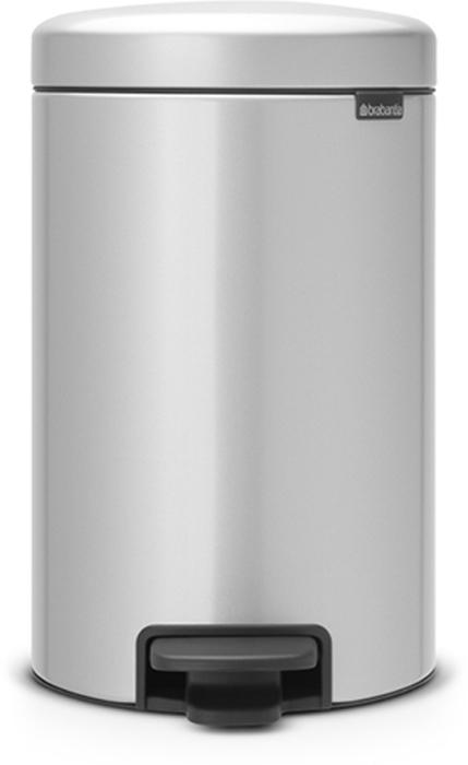 Мусорный бак с педалью Brabantia NewIcon, 12 л. 113680113680Этот 12-литровый бак с педалью достаточно вместителен и при этом достаточно компактен для размещения под рабочим столом – отличное решение для кухни или гостиной. Бесшумный – плавное закрывание крышки и необыкновенно мягкий ход педали. Не пропускает запах – плотно прилегающая крышка. Устойчивый – специальное устройство, предотвращающее опрокидывание бака. Не повреждает пол – нескользящее основание. Удобная очистка –съемное внутреннее пластиковое ведро. Бак удобно перемещать – специальная ручка в блоке крепления крышки. Всегда опрятный вид – в комплекте идеально подходящие по размеру мешки для мусора PerfectFit (размер C). Сертификат соответствия концепции регенерации Cradle to Cradle. Изготовлен на 40% из переработанных материалов, подлежит вторичной переработке вместе с упаковкойна 98%. 10 лет гарантии. Brabantia c заботой о вашем доме и планете. Добрые дела сегодня – залог счастливого завтра. Мусорные баки с педалью newIcon не только...