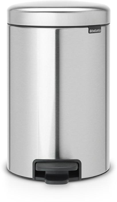 Мусорный бак с педалью Brabantia NewIcon, 12 л. 112041112041Этот 12-литровый бак с педалью достаточно вместителен и при этом достаточно компактен для размещения под рабочим столом – отличное решение для кухни или гостиной. Бесшумный – плавное закрывание крышки и необыкновенно мягкий ход педали. Не пропускает запах – плотно прилегающая крышка. Устойчивый – специальное устройство, предотвращающее опрокидывание бака. Не повреждает пол – нескользящее основание. Удобная очистка –съемное внутреннее пластиковое ведро. Бак удобно перемещать – специальная ручка в блоке крепления крышки. Всегда опрятный вид – в комплекте идеально подходящие по размеру мешки для мусора PerfectFit (размер C). Сертификат соответствия концепции регенерации Cradle to Cradle. Изготовлен на 40% из переработанных материалов, подлежит вторичной переработке вместе с упаковкойна 98%. 10 лет гарантии. Brabantia c заботой о вашем доме и планете. Добрые дела сегодня – залог счастливого завтра. Мусорные баки с педалью newIcon не только...