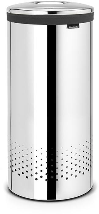 Бак для белья Brabantia, 35 л. 10510410510435-литровый бак для белья Brabantia выполнен из стойких к коррозии материалов и идеально подходит для влажных помещений. Благодаря классическому дизайну бак легко впишется в интерьер Вашей ванной комнаты! Изготовлен из коррозионностойких материалов (нержавеющая сталь и пластик). Металлическая крышка с отверстием, которое позволяет положить мелкие предметы в бак, не открывая крышку. Пластиковое защитное кольцо предотвращает повреждение пола. Вентиляционные отверстия на корпусе позволяют содержимому бака дышать, что позволяет избежать появления неприятного запаха. Съемный мешок для белья легко менять. Благодаря прорезиненным краям мешок не соскальзывает в корзину. В комплект входит съемный моющийся мешок для белья. •Гарантия 10 лет.