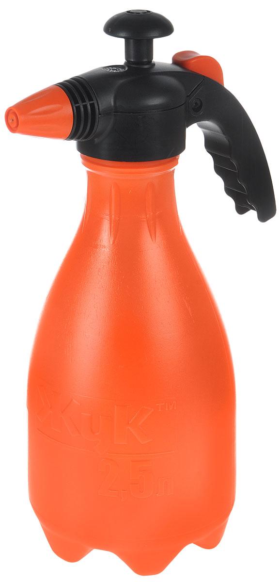 Опрыскиватель ЖУК ОП-205 М15, 2,5 л16822Модель с удобной для закручивания узкой горловиной и эргономической ручкой подходит для ухода за комнатными растениями и ведения хозяйственных работ. Дополнительная безопасность изделия обеспечена усиленным штоком насоса и утопленным предохранительным клапаном. А ножки, предусмотренные дизайном бака, придают устойчивость.
