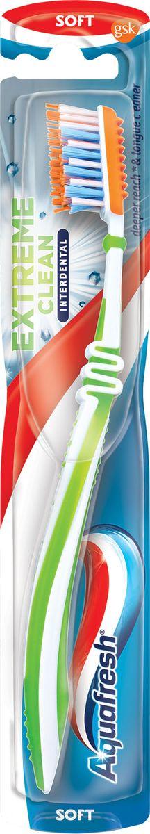 Aquafresh Зубная щетка Tooth&Tongue Extreme Clean + Interdental20021708Aquafresh представляет новую щетку Tooth Tongue + Interdental. Новинка разработана для удаления бактерий с языка и межзубных промежутков. Созданные по примеру флоссовой нити, удлиненные и расположенные накрест щетинки проникают на 75% глубже между зубов в сравнении с обычной плоской щетиной. Резиновая насадка с обратной стороны щетки мягко удаляет бактерии с языка, помогая предотвратить несвежее дыхание.