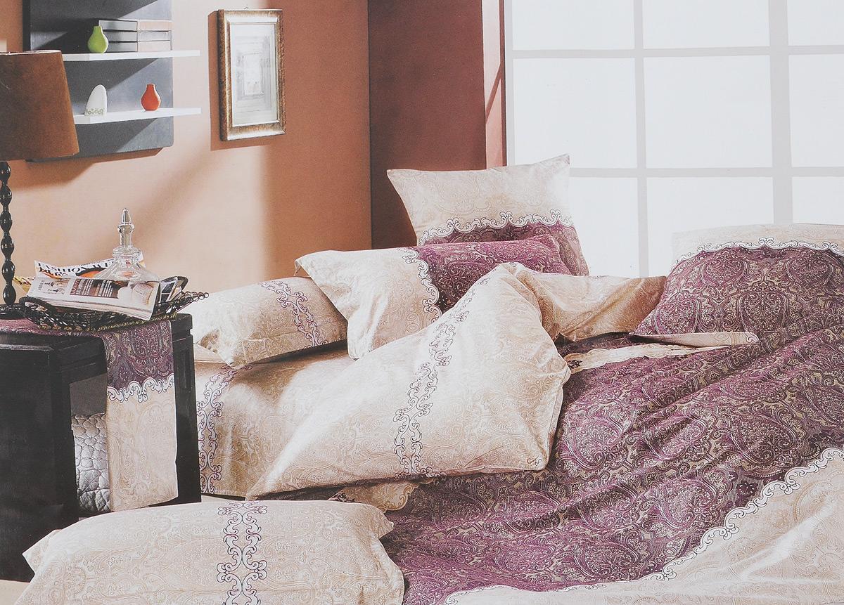 Комплект белья МарТекс Кружево, 1,5-спальный, наволочки 70х70, цвет: белый, бежевый, фиолетовый01-0156-1Комплект постельного белья МарТекс Кружево состоит из пододеяльника, простыни и двух наволочек. Постельное белье, оформленное оригинальным изображением, имеет изысканный внешний вид. Сатин - производится из высших сортов хлопка, а своим блеском, легкостью и на ощупь напоминает шелк. Такая ткань рассчитана на 200 стирок и более. Постельное белье из сатина превращает жаркие летние ночи в прохладные и освежающие, а холодные зимние - в теплые и согревающие. Благодаря натуральному хлопку, комплект постельного белья из сатина приобретает способность пропускать воздух, давая возможность телу дышать. Одно из преимуществ материала в том, что он практически не мнется и ваша спальня всегда будет аккуратной и нарядной. Приобретая комплект постельного белья МарТекс Кружево, вы можете быть уверенны в том, что покупка доставит вам и вашим близким удовольствие и подарит максимальный комфорт.