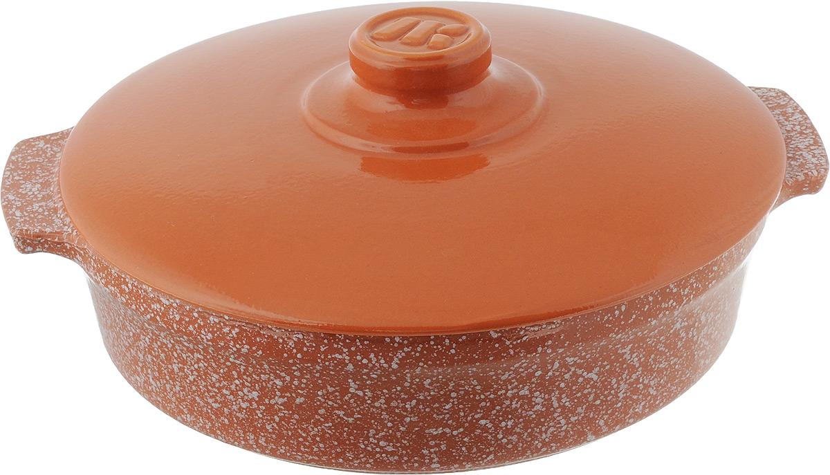 Сотейник Ломоносовская керамика Огонек с крышкой, цвет: оранжевый, белый, 2,5 л1СТтр/м-1Сотейник Ломоносовская керамика Огонек изготовлен из термостойкой керамики. Пища в сотейниках не пригорает и сохраняет свой истинный аромат и вкус, благодаря экологически чистым материалам. Обладает такая модель свойством равномерного нагрева и остывания, поэтому такой сотейник идеально подходит для приготовления блюд, требующих долгого томления на огне. Сотейник оснащен крышкой, выполненной также из керамики, и резиновой насадкой на ручку для безопасного использования. Подходит сотейник для использования на электрических, стеклокерамических, газовых и галогеновых плитах, а также духовок, микроволновок и холодильниках. Также его можно мыть в посудомоечной машине. Диаметр сотейника (по верхнему краю): 25,5 см. Ширина сотейника (с учетом ручек): 29,5 см. Высота стенки: 6,5 см.