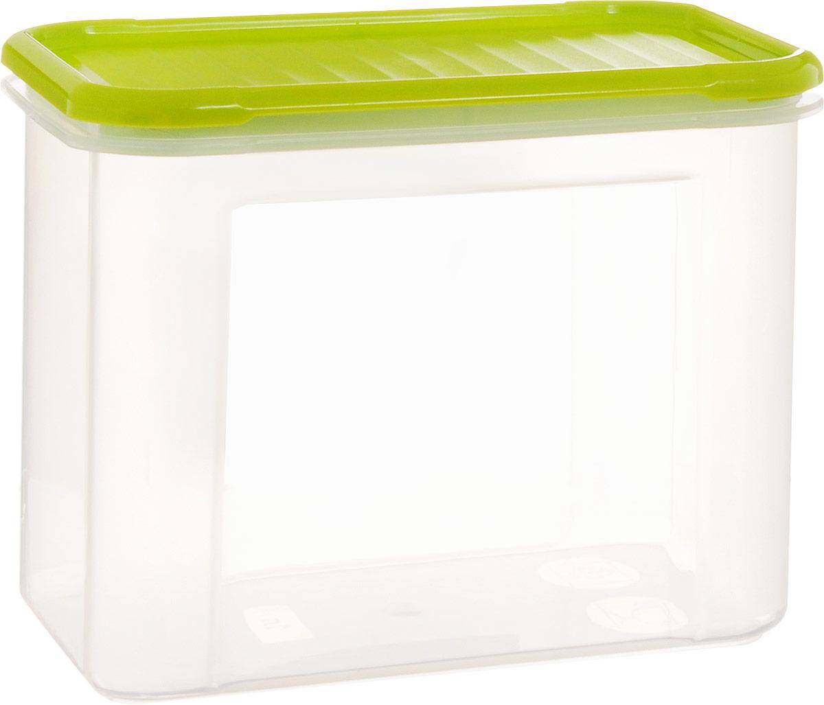 Банка для сыпучих продуктов Giaretti Krupa, цвет: оливковый, прозрачный, 1 лGR2232ОЛБанки для сыпучих продуктов предназначены для хранения круп, сахара, макаронных изделий, сладостей и т.п., в том числе для продуктов с ярким ароматом (специи и пр.). Строгая прямоугольная форма банок поможет Вам организовать пространство максимально комфортно, не теряя полезную площадь. При этом банки устанавливаются одна на другую, что способствует экономии пространства в Вашем шкафу. Плотная крышка не пропускает запахи, и они не смешиваются в Вашем шкафу. Благодаря разнообразным отверстиям в дозаторе, Вам будет удобно насыпать как мелкие, так и крупные сыпучие продукты, что сделает процесс приготовления пищи проще.