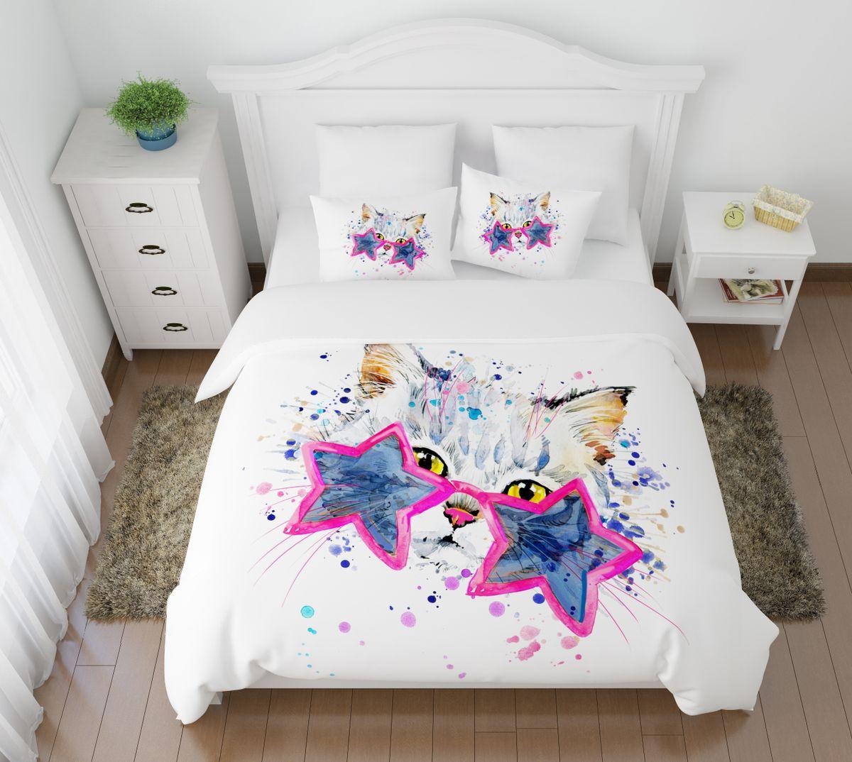 Комплект белья Сирень Звездный кот, 1,5-спальный, наволочки 50x7004909-КПБ-МКомплект постельного белья Сирень выполнен из прочной и мягкой ткани. Четкий и стильный рисунок в сочетании с насыщенными красками делают комплект постельного белья неповторимой изюминкой любого интерьера. Постельное белье идеально подойдет для подарка. Идеальное соотношение смешенной ткани и гипоаллергенных красок это гарантия здорового, спокойного сна. Ткань хорошо впитывает влагу, надолго сохраняет яркость красок. Цвет простыни, пододеяльника, наволочки в комплектации может немного отличаться от представленного на фото. В комплект входят: простынь - 150х220см; пододельяник 145х210 см; наволочка - 50х70х2шт. Постельное белье легко стирать при 30-40 градусах, гладить при 150 градусах, не отбеливать.Рекомендуется перед первым изпользованием постирать.