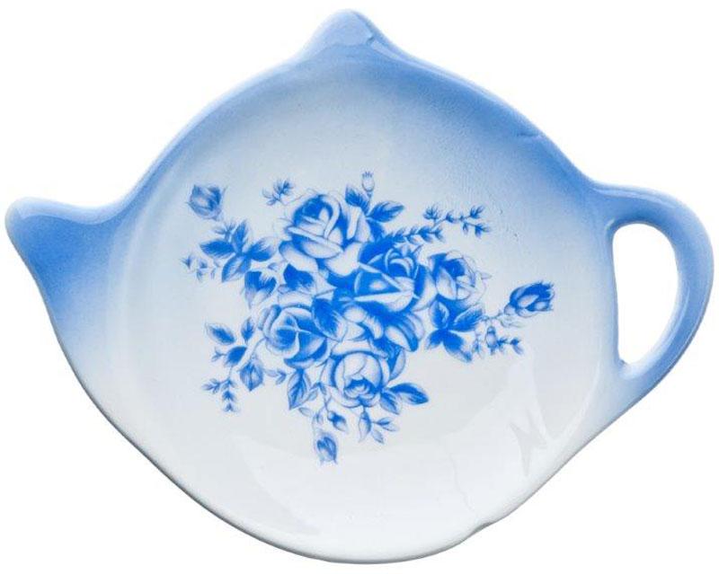 Подставка для чайных пакетиков Народные мотивы824722Подставка для чайных пакетиков Народные мотивы, изготовленная из высококачественной керамики, порадует вас оригинальностью и дизайном. Подставка выполнена в форме чайничка и оформлена цветочным рисунком. С помощью такой подставки ваша столешница останется чистой.