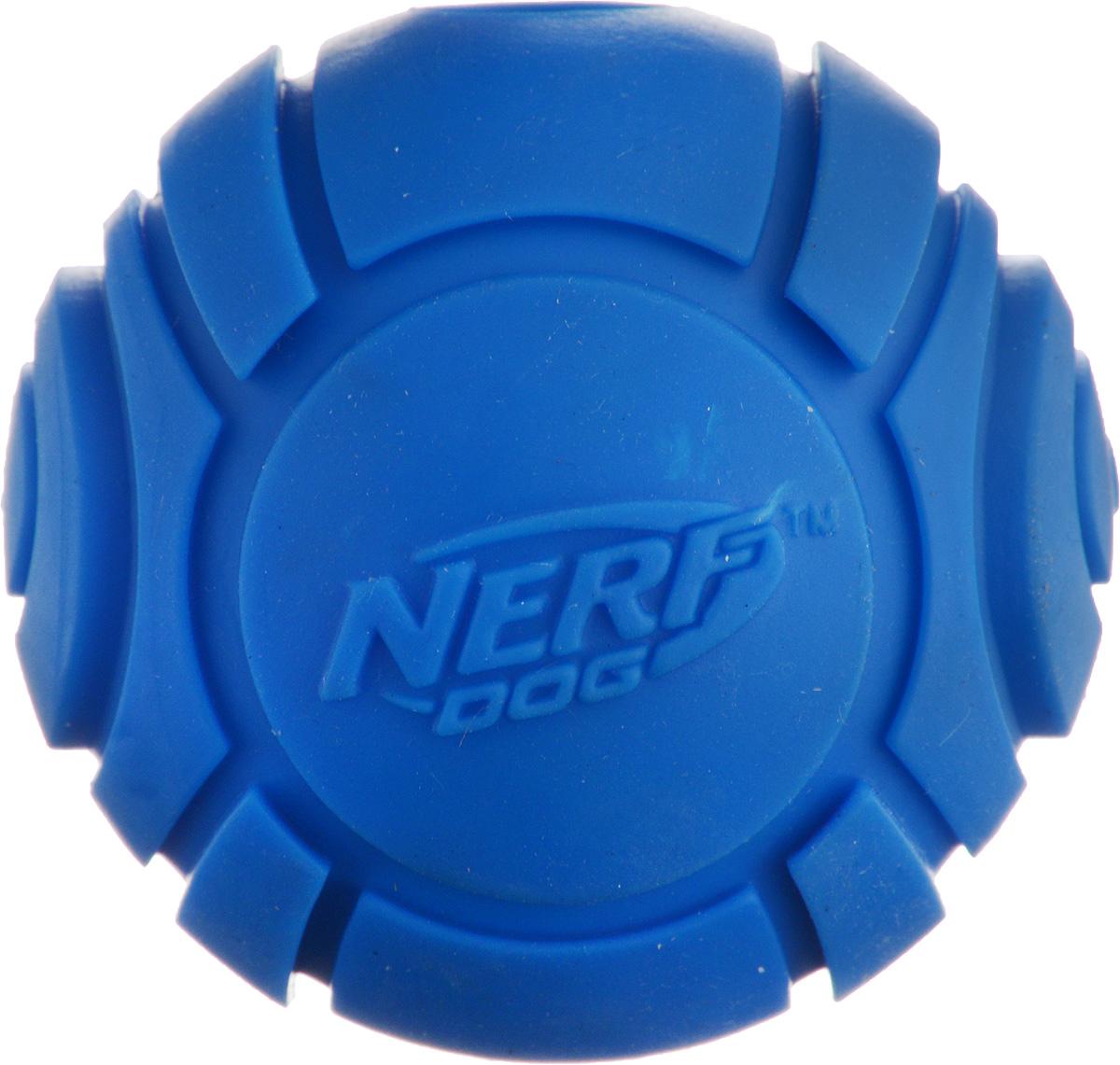 Игрушка для собак Nerf Мяч теннисный для бластера, цвет: синий, диаметр 6 см30748_синийИгрушка для собак Nerf Мяч теннисный для бластера, изготовленный из прочной долговечной резины, не позволит скучать вашему питомцу и дома, и на улице. Изделие великолепно подходит для игры и массажа десен вашего питомца. Диаметр мяча: 6 см.
