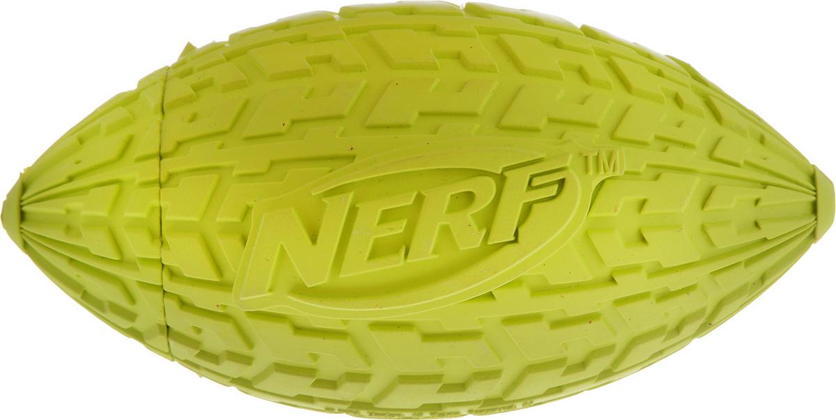 Игрушка для собак Nerf Шина. Мяч для регби, с пищалкой, длина 10 см22439_салатовыйИгрушка для собак Nerf Шина. Мяч для регби выполнена из резины в форме мяча для регби с уникальным рисунком протектора шины. Игрушка оснащена пищалкой, что вызовет дополнительный интерес вашего питомца. Такая игрушка порадует вашего любимца, а вам доставит массу приятных эмоций, ведь наблюдать за игрой всегда интересно и приятно. Размер игрушки: 5 х 5 х 10 см.