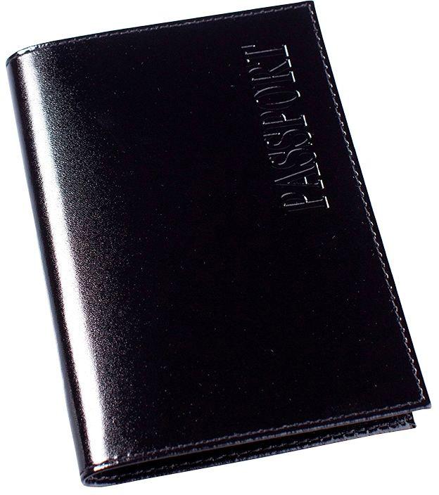 Обложка для паспорта Befler, цвет: черный. О.1.-1O.1.-1.blackОбложка для паспорта Befler черного цвета не только поможет сохранить внешний вид ваших документов и защитить их от повреждений, но и станет стильным аксессуаром, идеально подходящим вашему образу. Обложка выполнена из натуральной кожи с покрытием, имитирующем лаковое, и оформлена надписью Passport. Характеристики: Цвет: черный. Размер: 9,5 см x 13,5 см x 1 см. Размер упаковки: 10,5 см x 14,5 см x 1,5 см. Материал: натуральная кожа. Производитель: Россия. Артикул: О.1.-1.black.