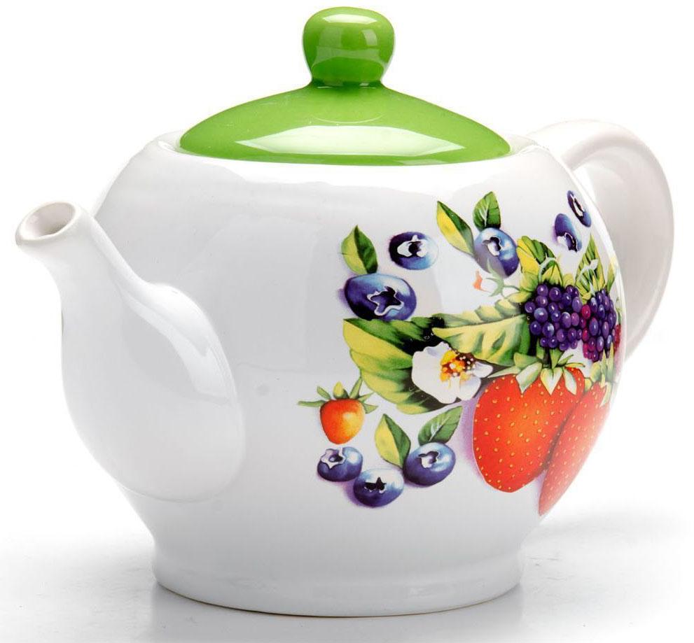 Заварочный чайник Loraine Ягоды, 950 мл, с крышкой. 2627926279Заварочный чайник с крышкой Loraine поможет вам в приготовлении вкусного и ароматного чая, а также станет украшением вашей кухни. Он изготовлен из доломитовой керамики в розовых тонах и оформлен красочным цветочным изображением. Нежный рисунок придает чайнику особый шарм, чайник удобен в использовании и понравится каждому. Такой заварочный чайник станет приятным и практичным подарком на любой праздник. Подходит для мытья в посудомоечной машине.