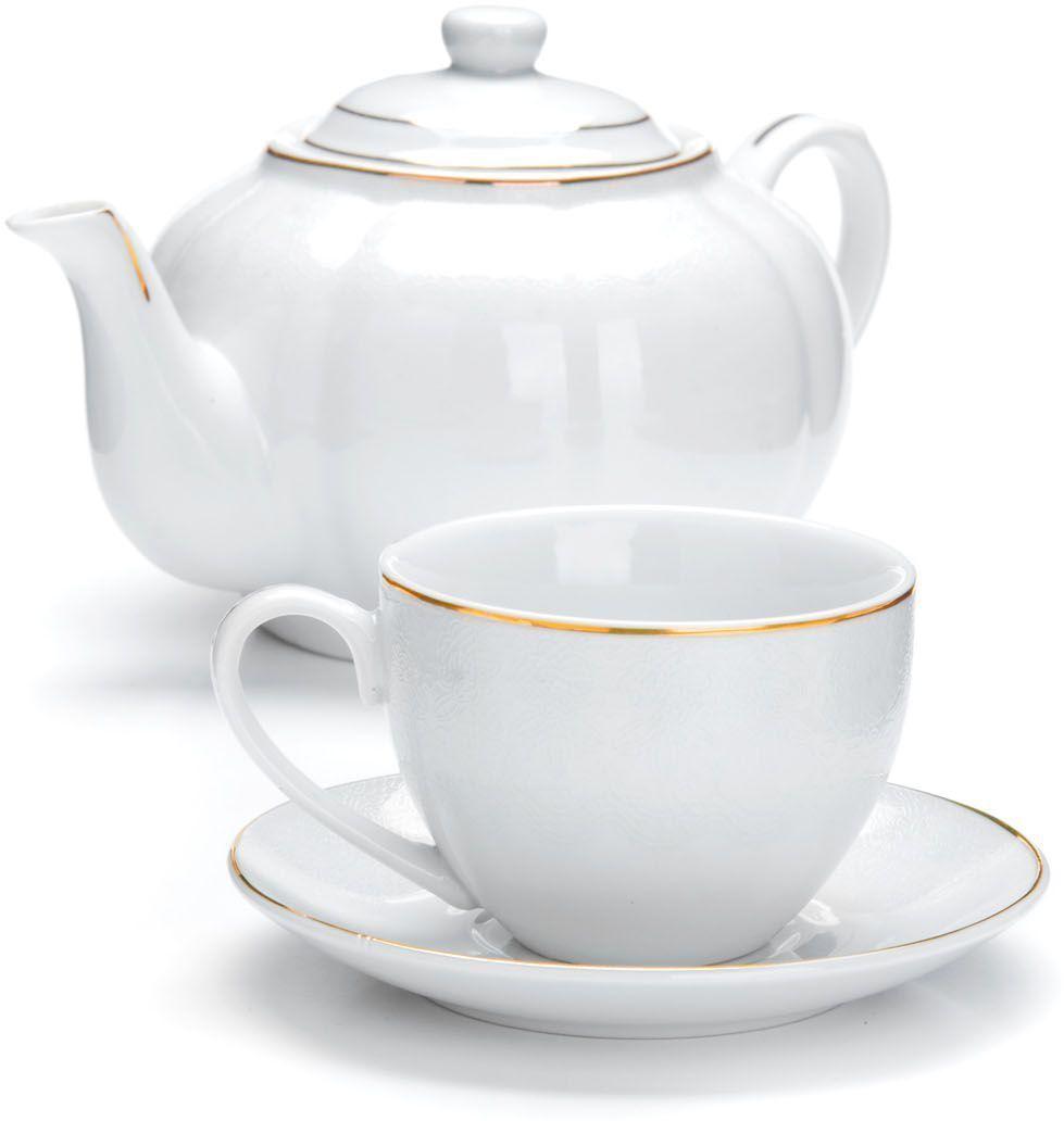 Чайный сервиз Loraine, 13 предметов (220 мл + чайник 1 л). 2642026420Чайный набор Loraine на 6 персон, изготовленный из высококачественной керамики изысканного белого цвета, состоит из 6 чашек, 6 блюдец и 1-го чайника. Изделия набора украшены тонкой золотой каймой и имеют красивый и нежный дизайн. Набор придется по вкусу и ценителям классики, и тем, кто предпочитает утонченность и изысканность. Он настроит на позитивный лад и подарит хорошее настроение с самого утра. Набор упакован в подарочную упаковку. Такой чайный набор станет прекрасным украшением стола, а процесс чаепития превратится в одно удовольствие! Это замечательный выбор для подарка родным и друзьям!