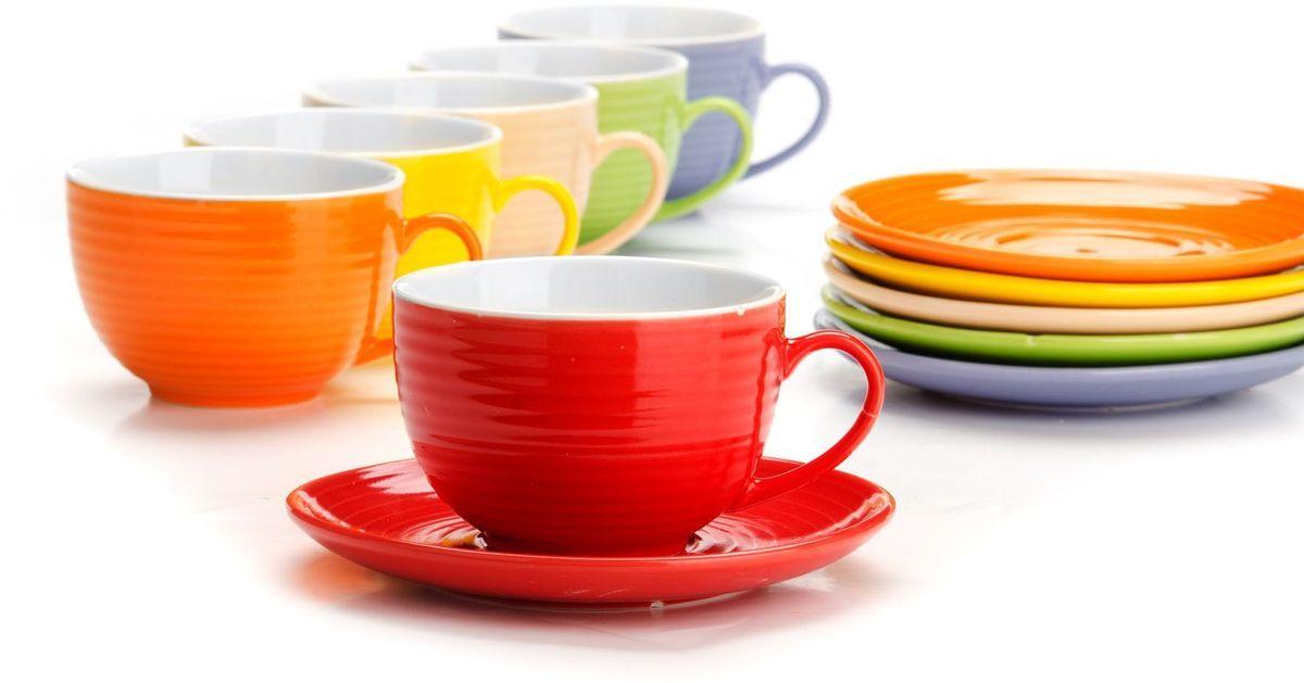 Чайный сервиз Loraine, 240 мл, подарочная упаковка. 2655126551Чайный набор Loraine на 6 персон, выполненный из качественной цветной керамики, состоит из 6 чашек и 6 блюдец. Цвет изделий: фиолетовый, кремовый, зеленый, красный, желтый, оранжевый. Изящный дизайн и красочность оформления придутся по вкусу и ценителям классики, и тем, кто предпочитает утонченность и изысканность. Чайный набор - идеальный и необходимый подарок для вашего дома и для ваших друзей в праздники, юбилеи и торжества! Набор настроит на позитивный лад и подарит хорошее настроение с самого утра! Чайный набор упакован в индивидуальную коробку.