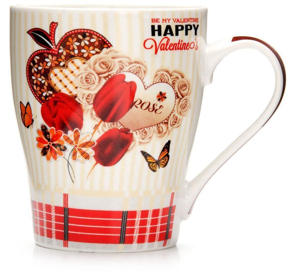 Кружка Loraine Любовь, 340 мл, подарочная упаковка. 2657426574Кружка Loraine, выполненная из костяного фарфора и украшенная ярким рисунком, станет красивым и полезным подарком для ваших родных и близких. Дизайн изделия придется по вкусу и ценителям классики, и тем, кто предпочитает утонченность и изысканность. Кружка Loraine настроит на позитивный лад и подарит хорошее настроение с самого утра. Изделие пригодно для использования в микроволновой печи и холодильника. Подходит для мытья в посудомоечной машине.
