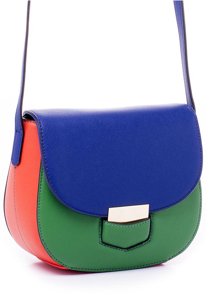 Сумка женская Renee Kler, цвет: синий, зеленый, красный. RK7024-00RK7024-00Яркая трехцветная сумка Renee Kler выполнена из искусственной кожи и имеет жесткую форму. Модель закрывается с помощью клапана. Внутри расположены карманы для мелочей и мобильного телефона. Снаружи на задней стороне сумки имеется накладной открытый карман. Сумка имеет несъемный наплечный ремень с пряжкой для регулировки длины.