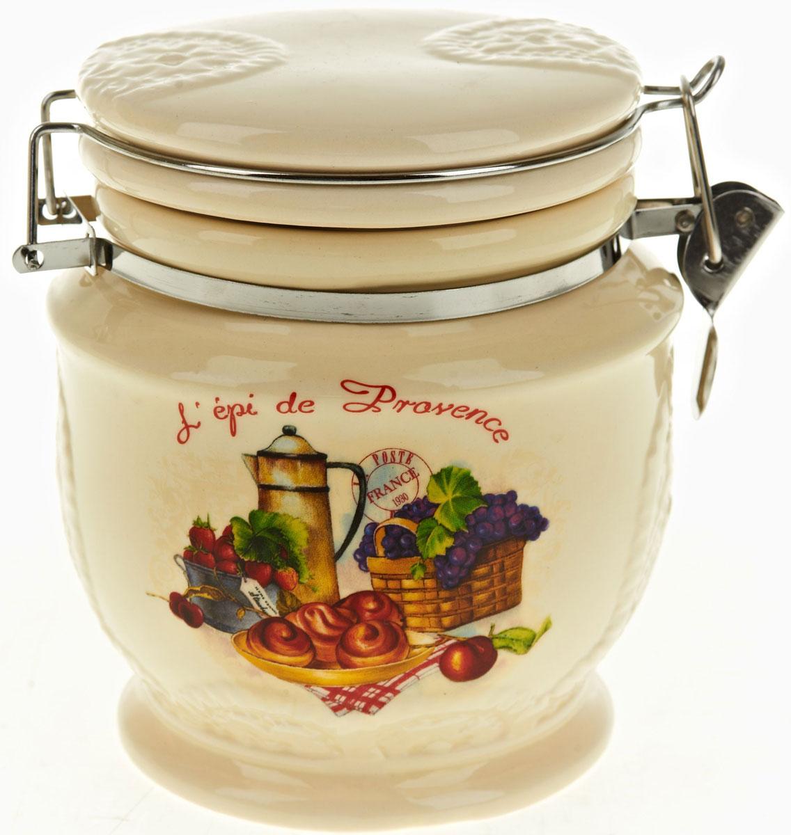 Банка для сыпучих продуктов Polystar French Breakfast, 730 млL0200156Банка для сыпучих продуктов French breakfast изготовлена из прочной керамики, закрывается крышкой. Банка оригинальной формы, прекрасно подойдет для хранения различных сыпучих продуктов: чая, кофе, сахара, круп и многого другого. Благодаря силиконовой прослойке и бугельному замку, крышка герметично закрывается, что позволяет дольше сохранять продукты свежими. Изящная емкость не только поможет хранить разнообразные сыпучие продукты, но и стильно дополнит интерьер кухни.