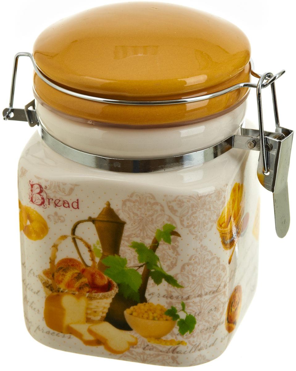 Банка для сыпучих продуктов Polystar Хлеб, 400 млL1581916Банка для сыпучих продуктов Хлеб изготовлена из прочной керамики, закрывается крышкой. Банка прекрасно подойдет для хранения различных сыпучих продуктов: чая, кофе, сахара, круп и многого другого. Благодаря силиконовой прослойке и бугельному замку, крышка герметично закрывается, что позволяет дольше сохранять продукты свежими. Изящная емкость не только поможет хранить разнообразные сыпучие продукты, но и стильно дополнит интерьер кухни.