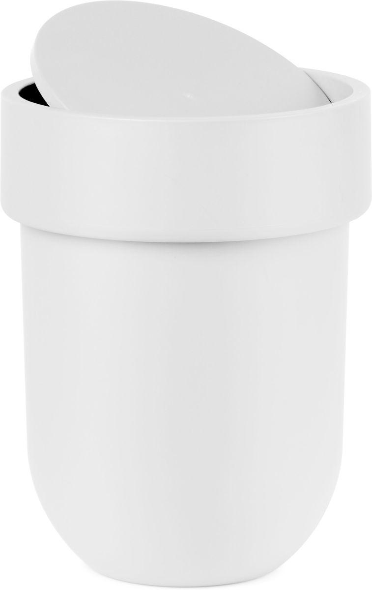 Контейнер мусорный Umbra Touch, с крышкой, цвет: белый, 25,4 х 19 х 19 см023269-660Как много всего ненужного можно обнаружить на столе: скомканные бумаги для заметок, упаковки от шоколадок, старые скрепки и скобы для степлера. Отправьте весь этот хлам в мусорное ведро, чтобы сделать жизнь чище и упорядоченнее. Лаконичный и простой контейнер Touch не займет много места и будет прилежно исполнять свои обязанности по накоплению мусора.