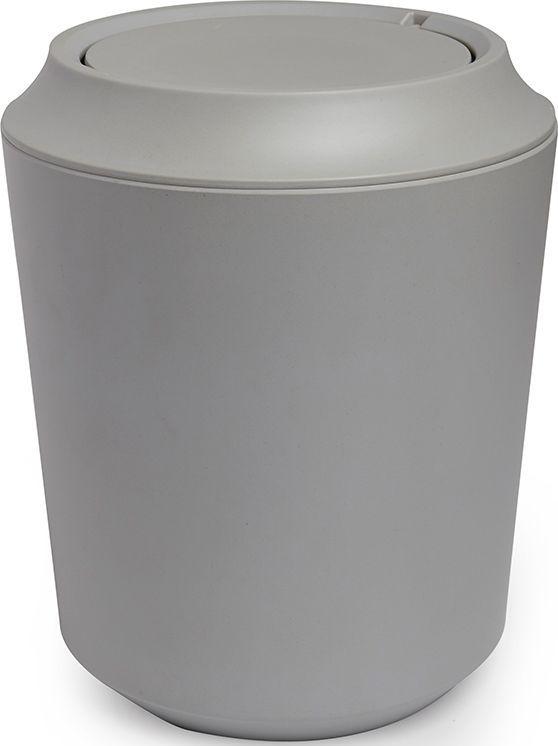 Корзина для мусора Umbra Fiboo, цвет: серый, 24,9 х 20,3 х 20,3 см023875-918Корзина для мусора из комбинированного материала (меламин и бамбуковое волокно), который отличает экологичность, износостойкость и уникальный матовый эффект. Удобная вращающаяся крышка легко снимается для смены пакета для мусора. Дизайн: Wesley Chau