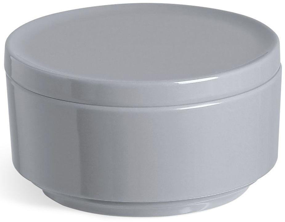 Контейнер для хранения Umbra Step, цвет: темно-серый, 7,1 х 12,07 х 12,7 см024000-149Невероятно аккуратный и удобный контейнер из литого меламина для хранения ватных дисков и других мелочей в ванной. Блангодаря крышке, ватные диски не намокнут и не покроются пылью. Сочетается с другими аксессуарами из коллекции STEP Дизайнер Umbra Studio