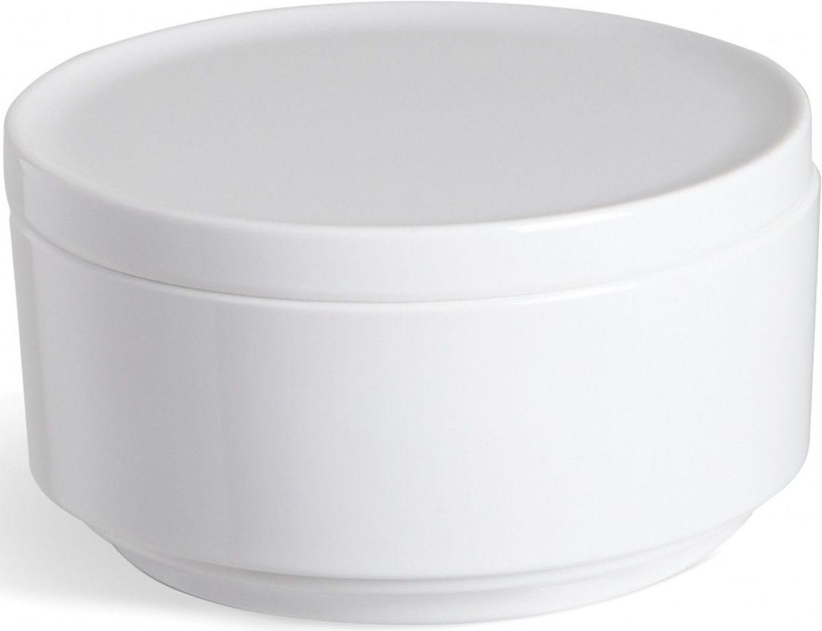 Контейнер для хранения Umbra Step, цвет: белый, 7,1 х 12,7 х 12,7 см024000-660Невероятно аккуратный и удобный контейнер из литого меламина для хранения ватных дисков и других мелочей в ванной. Блангодаря крышке, ватные диски не намокнут и не покроются пылью. Сочетается с другими аксессуарами из коллекции STEP Дизайнер Umbra Studio