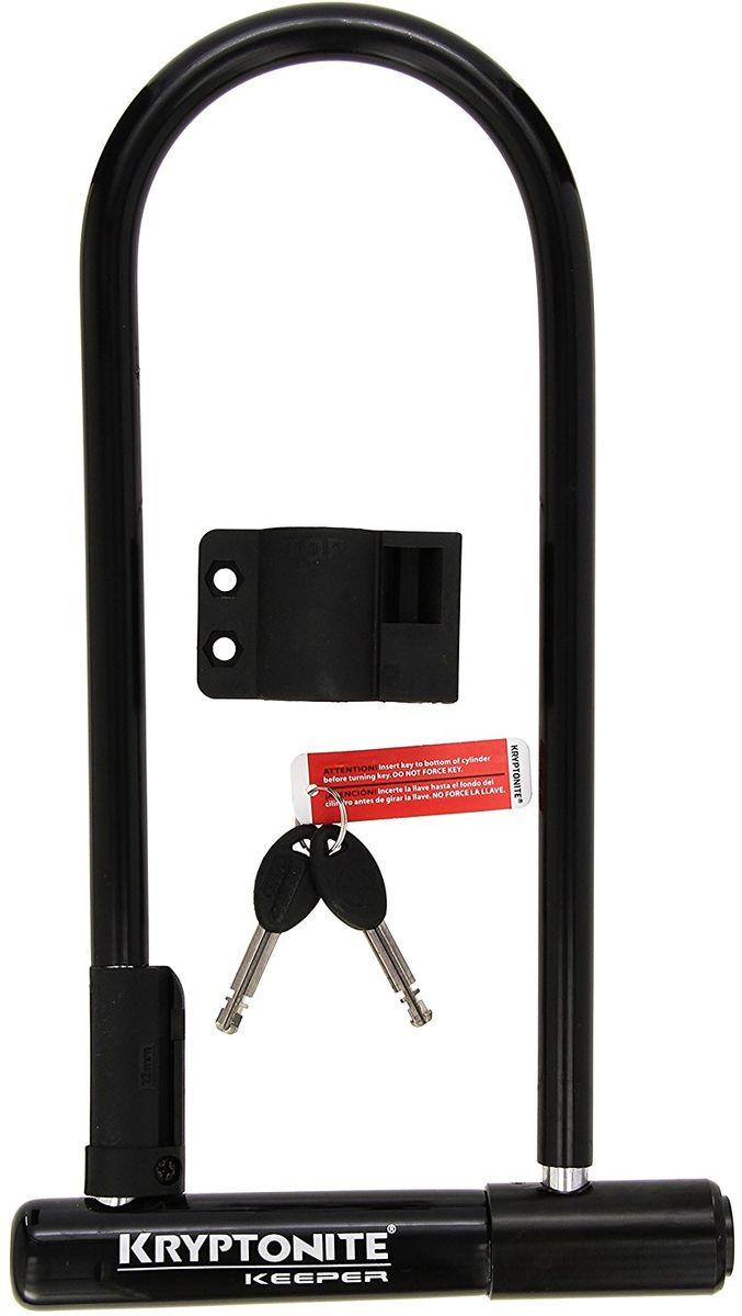 Замок велосипедный Kryptonite U-locks Keeper 12 Std, черный0720018997955Велосипедный замок Kryptonite Keeper 12 Standard — полноразмерная модель u-lock с виниловым покрытием, которое защитит раму байка при транспортировке. Скоба велозамка производится из закалённой стали и имеет диаметр 12 мм. По классификации компании замок Keeper 12 Standard имеет 5 из 10 степень защиты и является самым базовым среди u-lock моделей. В комплекте идут 2 ключа и пластиковое крепление на раму велосипеда. Оно позволяет транспортировать, быстро снимать и устанавливать данный u-образный замок. - 12 мм закаленная стальная скоба - Виниловое покрытие, не оставляющее царапин на раме велосипеда - 2 ключа в поставке с замком - Программа Key Safe (возможность заказа нового ключа) - Система «Transit FlexFrame-U» (крепеж к раме байка) - Защита от пыли и влаги - Защита от стука и шума - Уровень защиты 5 из 10 Диаметр дуги замка: 12 мм Размеры замка: 10,2 х 20,3 см Вес модели: 1,09 кг.