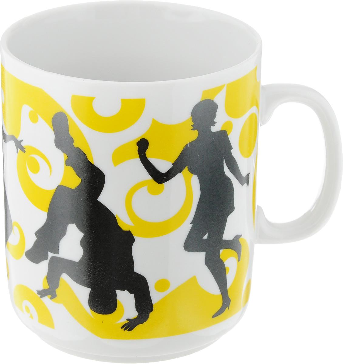 Кружка Фарфор Вербилок Dance, цвет: желтый, белый, черный, 300 мл9272060_желтый, белый, черныйКружка Фарфор Вербилок Dance способна скрасить любое чаепитие. Изделие выполнено из высококачественного фарфора. Посуда из такого материала позволяет сохранить истинный вкус напитка, а также помогает ему дольше оставаться теплым. Диаметр по верхнему краю: 7,5 см. Высота кружки: 10 см.