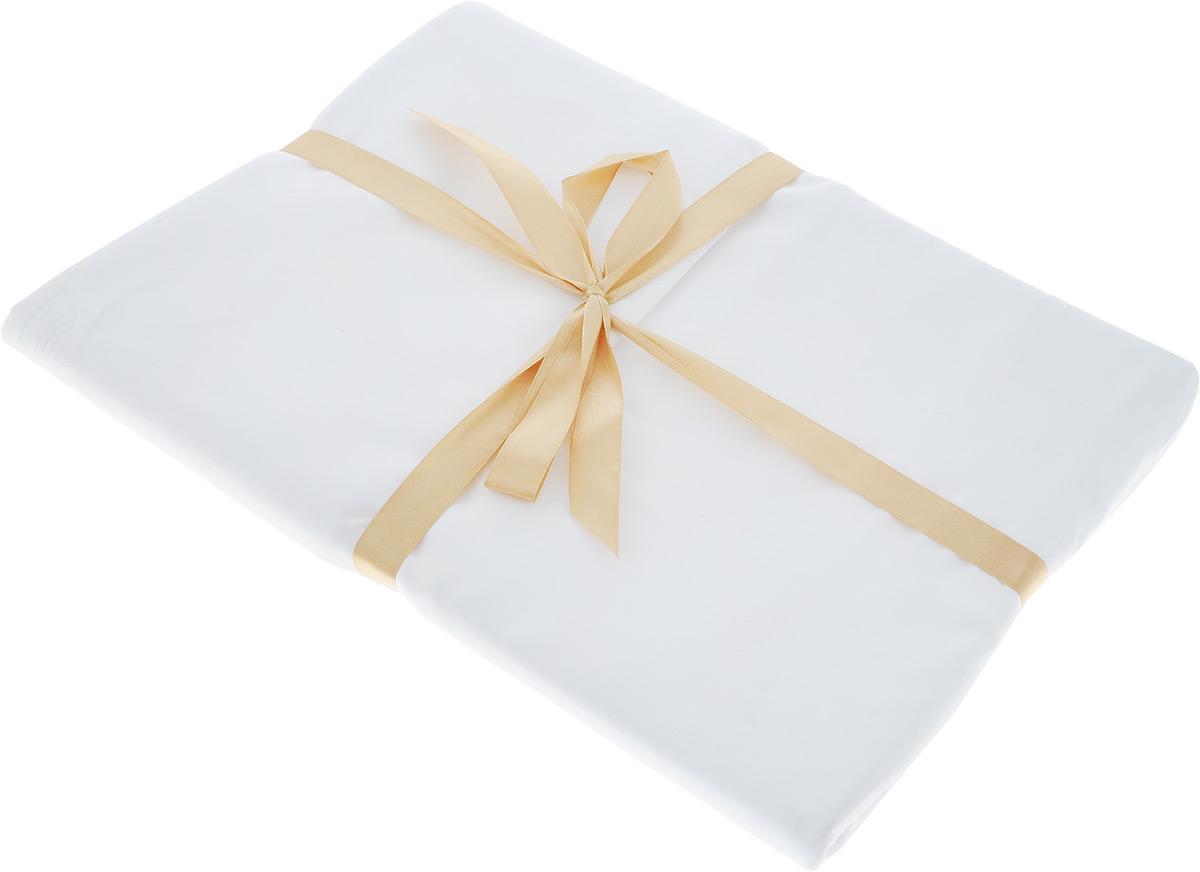 Постельное белье Sleep iX Perfection (1,5 спальный КПБ, микрофибра, наволочки 50х70, 50х70), цвет: белыйpva215325Комплект постельного белья Sleep iX Perfection поможет вам расслабиться и подарит спокойный сон. Он состоит из пододеяльника, простыни и двух наволочек. Предметы комплекта выполнены из абсолютно гипоаллергенной микрофибры, неприхотливой в уходе. Благодаря такому комплекту постельного белья вы сможете создать атмосферу уюта и комфорта в вашей спальне. Размер пододеяльника: 150 х 220 см. Размер простыни: 160 х 220 см. Размер наволочек: 50 х 70 см и 70 х 70 см.