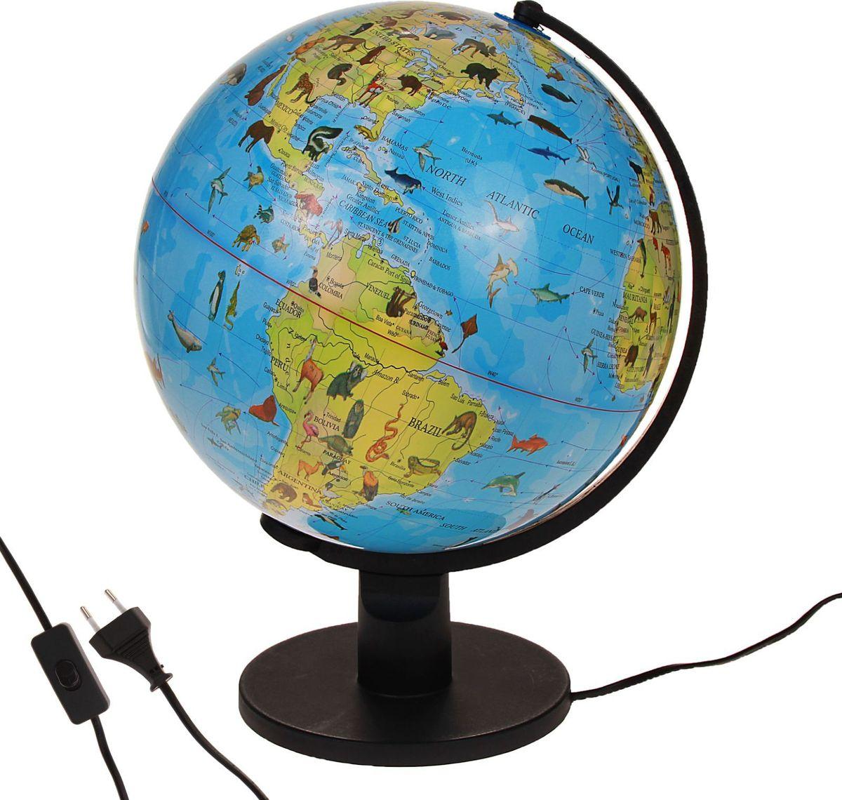Глобус Ареал животных на английском языке диаметр 30 см186793Этот макет земного шара дает информацию о распространении живых существ по континентам и водам мирового океана. С его помощью вы увидите, на какой территории обитает определенный вид животного. Помните, что границы ареалов условны, потому что не все популяции постоянно проживают в пределах одной зоны. На глобусе также отображены: страны, столицы и названия некоторых крупных населенных пунктов экватор параллели меридианы градусы государственные границы демаркационные линии. Используйте изделие как ночник. Он оснащен мягкой, приглушенной LED-подсветкой. Характеристики Объекты подписаны на английском языке. Высота глобуса с подставкой: 42 см. Диаметр: 30 см. Масштаб: 1:42 500 000. Изготовлен из прочного пластика.