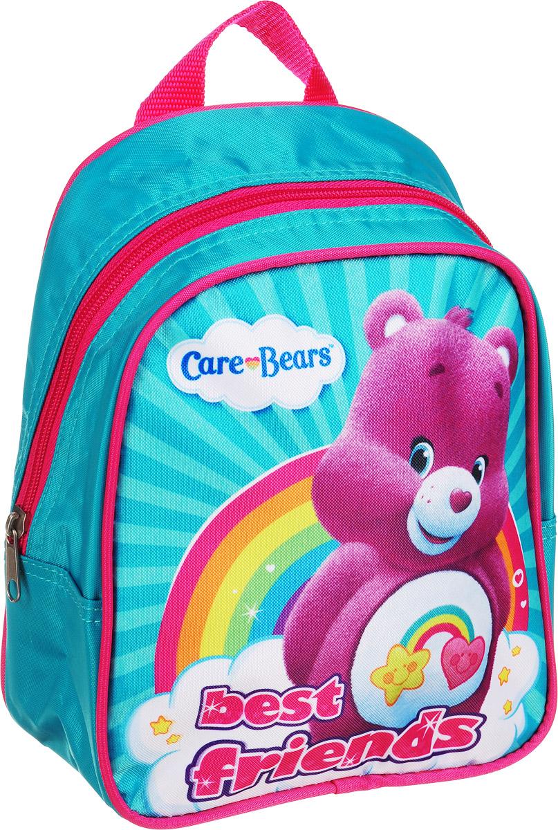 Заботливые мишки Рюкзак дошкольный малый 3173031730Легкий и компактный дошкольный рюкзачок «Заботливые мишки» – это красивый и удобный аксессуар для вашего ребенка. В его внутреннем отделении на молнии легко поместятся не только игрушки, но даже тетрадка или книжка. Благодаря регулируемым лямкам, рюкзачок подходит детям любого роста. Удобная ручка помогает носить аксессуар в руке или размещать на вешалке. Износостойкий материал с водонепроницаемой основой и подкладка обеспечивают изделию длительный срок службы и помогают держать вещи сухими в дождливую погоду. Аксессуар декорирован ярким принтом (сублимированной печатью), устойчивым к истиранию и выгоранию на солнце. Размер: 23х19х8 см.