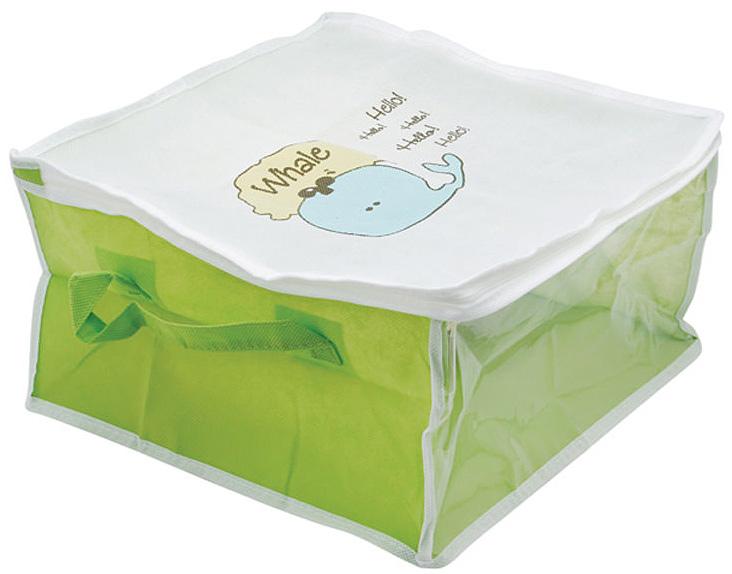 Кофр для хранения Hausmann Whale, на молнии, цвет: салатовый, белый. BA209-3BA209-3Кофр для хранения Hausmann Whale, выполненный из вискозы салатового и белого цвета, оформлен изображением забавного кита. Прозрачная вставка позволяет видеть содержимое кофра. Он прекрасно подходит для хранения одежды и белья, защищает вещи от пыли и грязи. По бокам имеется две ручки для удобной переноски. Закрывается на молнию. Такой кофр сэкономит место и сохранит порядок в доме. Легко очищается при помощи влажной ткани. Характеристики: Материал: вискоза, полиэтилен. Размер кофра: 35 см х 35 см х 20 см. Цвет: белый, салатовый. Размер упаковки: 22 см х 27 см х 3 см. Артикул: BA209-3.
