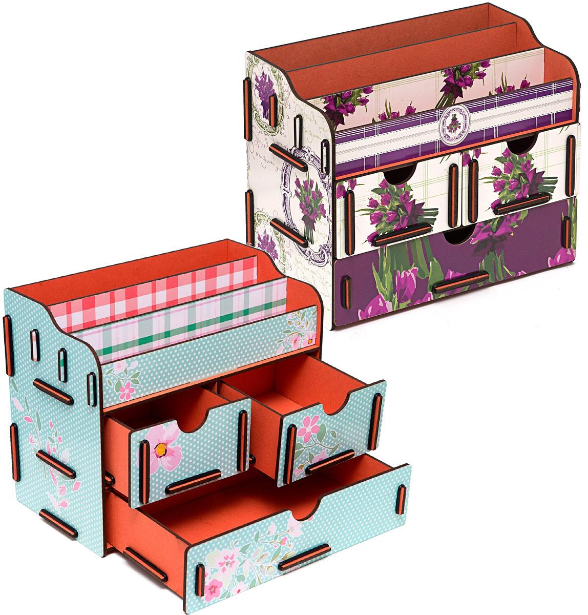 Набор шкатулок Homsu Цветы любви, для украшений, 2 штDEN-02Этот комплект из оригинальных сундучков имеет множество полочек сверху для хранения косметики, парфюмерии и аксессуаров, а также два маленьких ящичка размером 11см на 14,5см и один большой ящик размером 22см на 14,5см, которые позволят разместить в них все самое необходимое и сокровенное для каждой женщины. Шкатулочки можно поставить на стол, они станут отличным дополнением интерьера. 240х140х190; 240х140х190