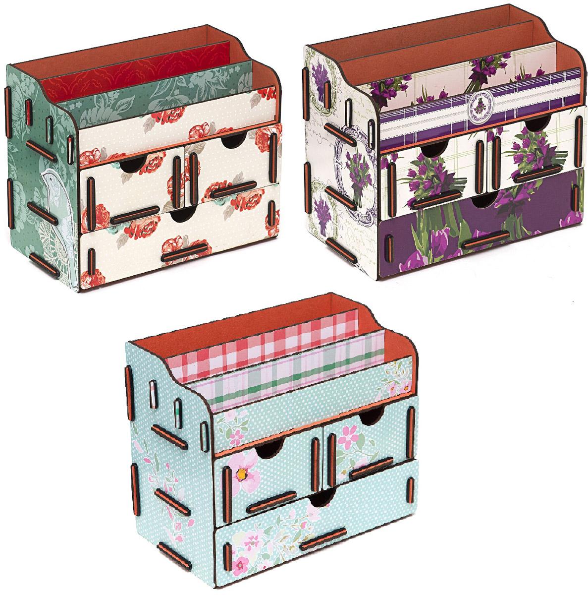 Набор шкатулок Homsu Тайна весенних бутонов, для украшений, 3 штDEN-06Этот комплект из оригинальных сундучков имеет множество полочек сверху для хранения косметики, парфюмерии и аксессуаров, а также два маленьких ящичка размером 11см на 14,5см и один большой ящик размером 22см на 14,5см, которые позволят разместить в них все самое необходимое и сокровенное для каждой женщины. Шкатулочки можно поставить на стол, они станут отличным дополнением интерьера. 240х140х190; 240х140х190; 240х140х190