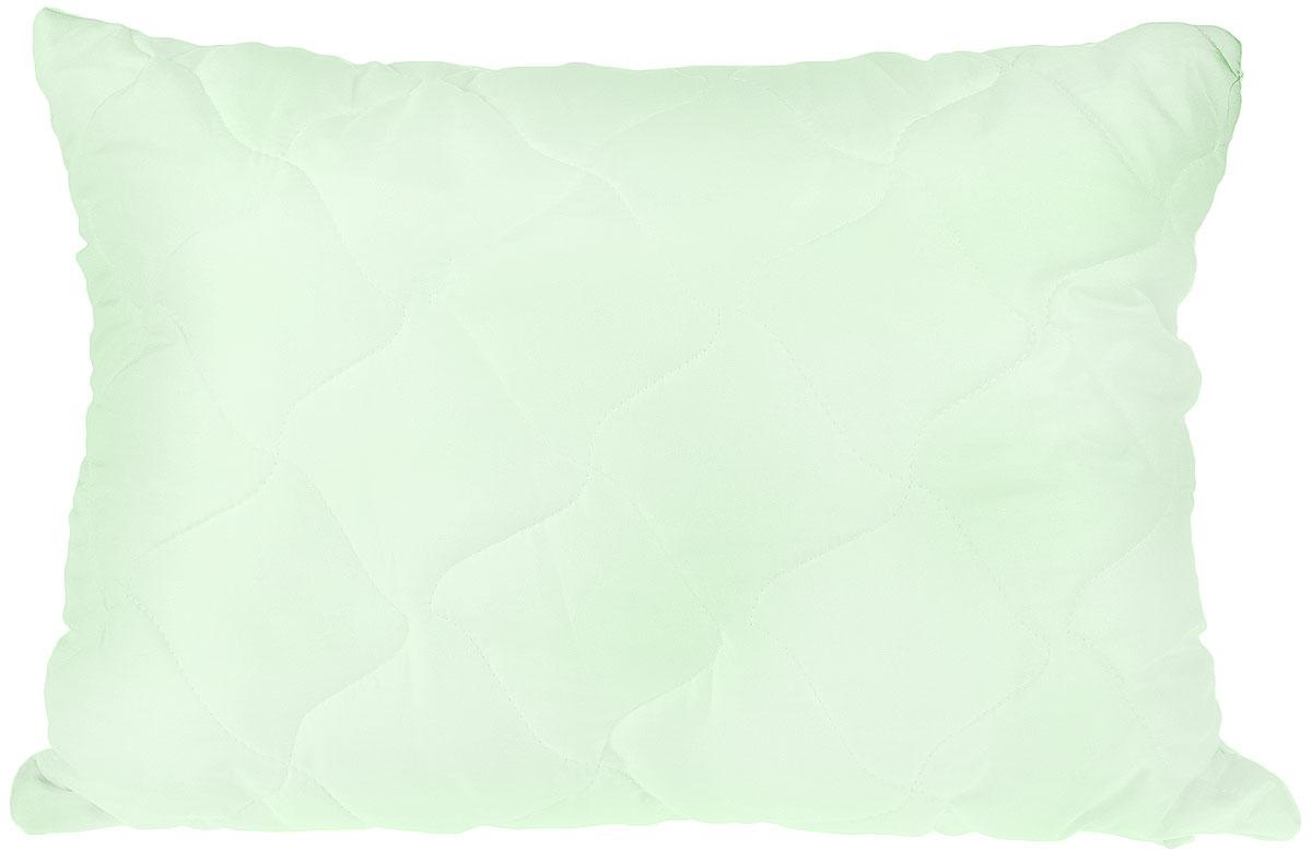 Подушка Lara Home Bamboo, наполнитель: силиконизированное волокно с содержанием бамбука, цвет: зеленый, 48 х 68 см87110Подушка Lara Home Bamboo подарит комфорт и уют во время сна. Чехол, выполненный из микроволокна (100% полиэфира), оформлен фигурной стежкой и надежно удерживает наполнитель внутри. Волокно на основе бамбука - инновационный наполнитель, обладающий за счет своей пористой структуры хорошей воздухонепроницаемостью и высокой гигроскопичностью, обеспечивает оптимальный уровень влажности во время сна и создает чувство прохлады в жаркие дни. Антибактериальный эффект наполнителя достигается за счет содержания в нем специального компонента, а также за счет поглощения влаги, что создает сухой микроклимат, препятствующий росту бактерий. Особенности подушки: Гипоаллергенные материалы. Необычайная мягкость и легкость. Обеспечивает хорошую терморегуляцию. Обладает расслабляющим эффектом. Препятствует развитию болезнетворных бактерий. Способствует хорошему отдыху.