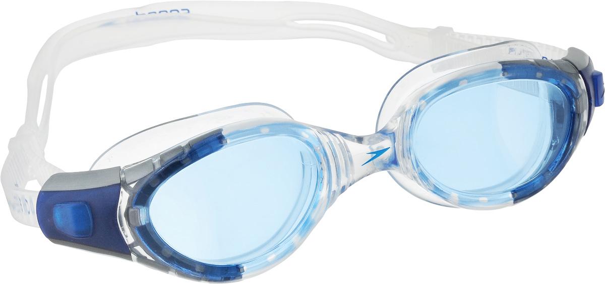 Очки для плавания Speedo Merit Mirror, цвет: белый, голубой01232-9308Усовершенствованная технология Biofuse для еще большего комфорта. Технология Biofuse представляет собой супер мягкий уплотнитель и гибкую рамку, которые идеально адаптируются под контур лица для максимального комфорта и надежной фиксации. AntiFog препятствует запотеванию линз. Голубые линзы снижают яркость бликов в воде и обеспечивают отличную видимость без искажения цветов.