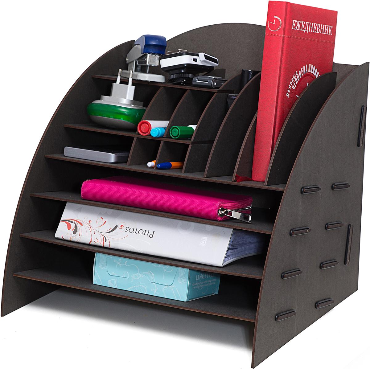 Органайзер на стол Homsu, 16 отделов, 35,5 х 32 х 34 смHOM-743Этот настольный органайзер просто незаменим на рабочем столе, он вместителен, его размеры впечатляют- 34Х32Х33см и в то же время он не занимает много места. Оригинальный дизайн дополнит интерьер дома и разбавит цвет в скучном сером офисе. Он изготовлен из МДФ и легко собирается из съемных частей. Имеет 3 больших отделения для хранения документов и множество ячеек для хранения канцелярских предметов и всяких мелочей. 355x320x340