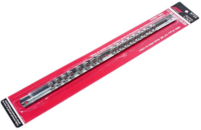 JTC Держатель головок 1/4. JTC-3722JTC-3722Планка для удержания головок квадратом присоединения 1/4; с возможностью крепления к стене или верстаку. Стальная рейка с фиксаторами надежно удерживает головки. Головки легко снимаются. имеет отверстие для крепления на верстаке, инструментальном стенде или на стене. Размер: : 1/4;. Длина: 400 мм. Вместимость: 16 головок Количество в оптовой упаковке: 100 шт. Габаритные размеры: 485/70/20 мм. (Д/Ш/В) Вес: 83 гр.