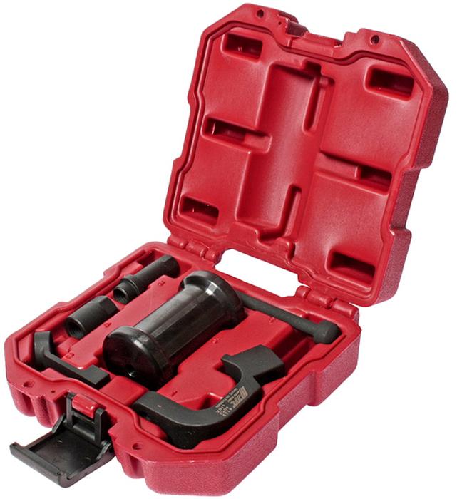 JTC Набор для снятия форсунок дизельных двигателей типа TDI (Volkswagen, Audi). JTC-4152JTC-4152Инструмент является уникальной разработкой JTC и защищен международным патентом. Не имеет аналогов на рынке. Особенность патента: Специально разработан для снятия прикипевших форсунок с дизельных двигателей типа TDI группы VAG, с учетом точности угла входа инструмента, а также исключение вероятности повреждения элементов топливной системы. Применение: VAG TDI1.6 (2010?), 2.0 (2009?), 2.0 (2011?): 4-х цилиндровых 8V, 16V (2005-2008). Упаковка: прочный пластиковый кейс. Габаритные размеры: 170/160/70 мм. (Д/Ш/В) Вес: 1550 гр.